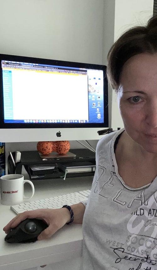 """Mac, Maus und 'n Kaffee - mehr brauch es (fast) nicht zum """"Webmastern"""". ;-)"""